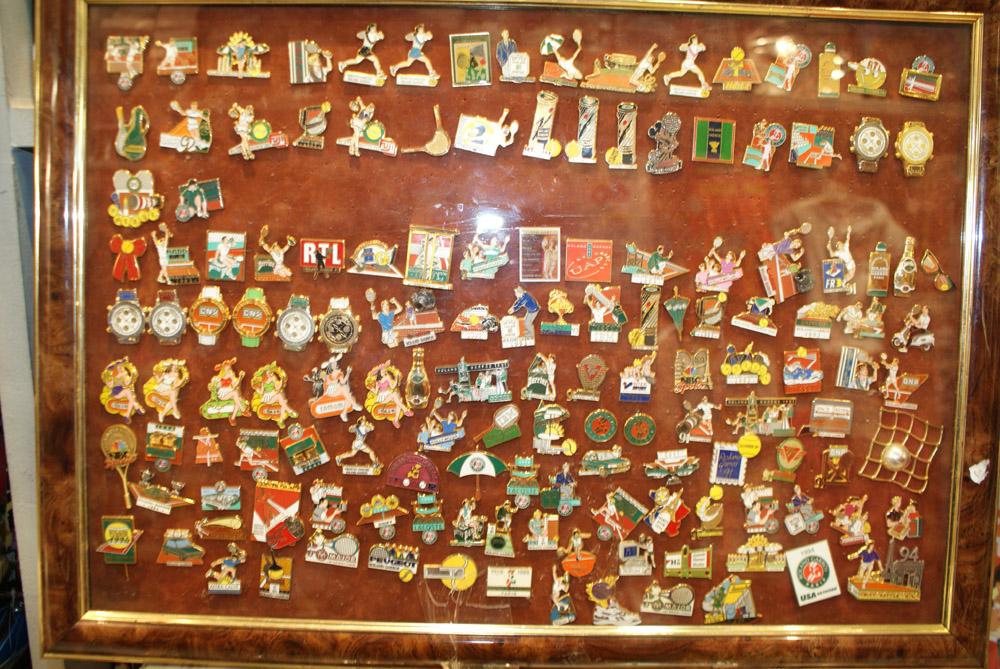 Drapeau au Luxembourg En Europe Fève pub Boulangerie Baguépi 2002